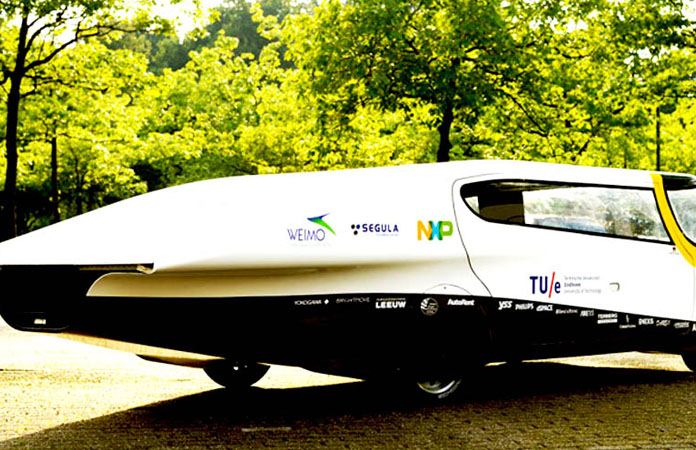 Futuristic Solar Energy Powered Family Car Win the Race in Australia